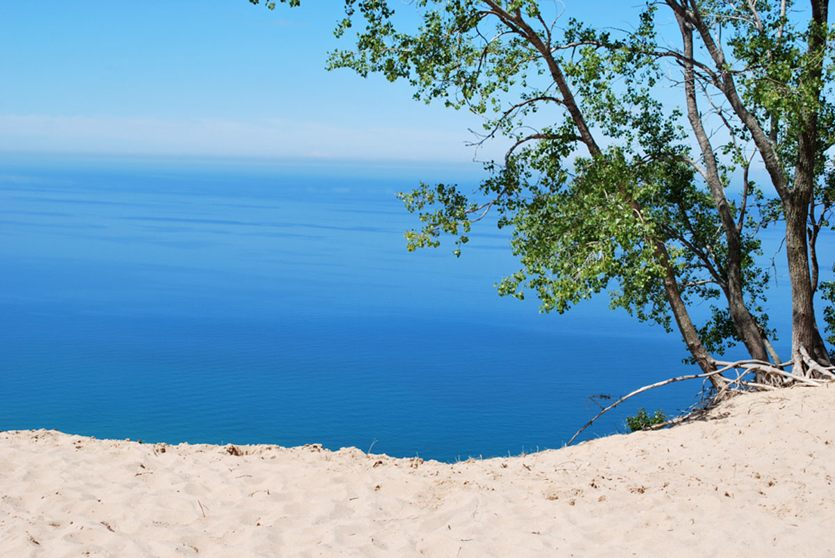 sleeping bear dunes parallax