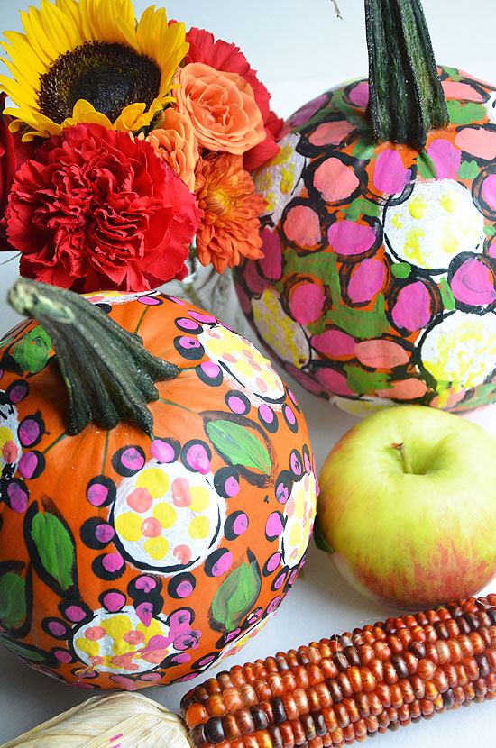 6painted pumpkins